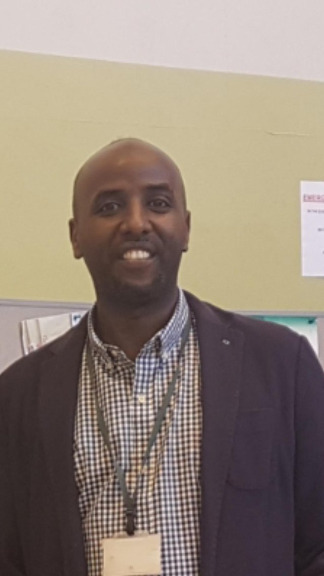 Sharmarke Ismail, Maan manager