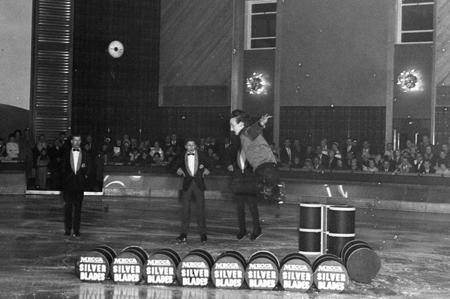 The official opening of Silver Blades Ice Rink, Queens Road in November 1965. Ref no: s35735
