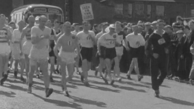 Racers start the walk, with eventual winner Vic Stone on the left