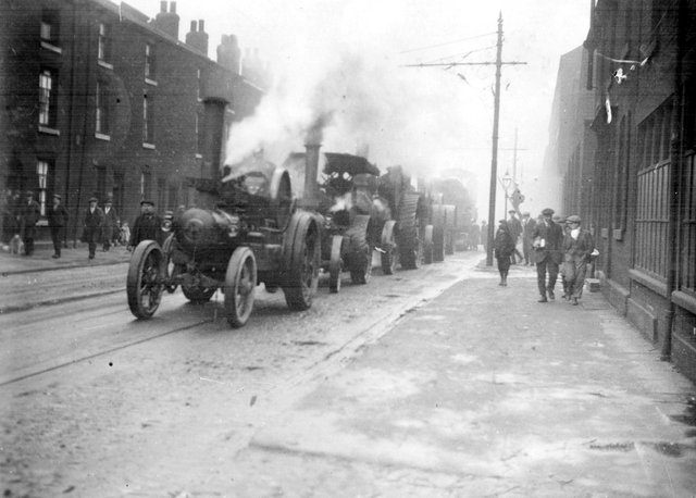 Traction Engines used in towing 100 ton Hammer Block,  Pond Street, c. 1920