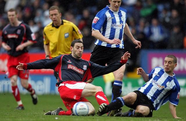 Former Sheffield Wednesday midfielder Sean McAllister has announced his retirement.