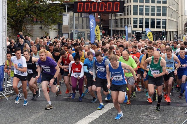 Runners head off as the Sheffield 10K gets under way