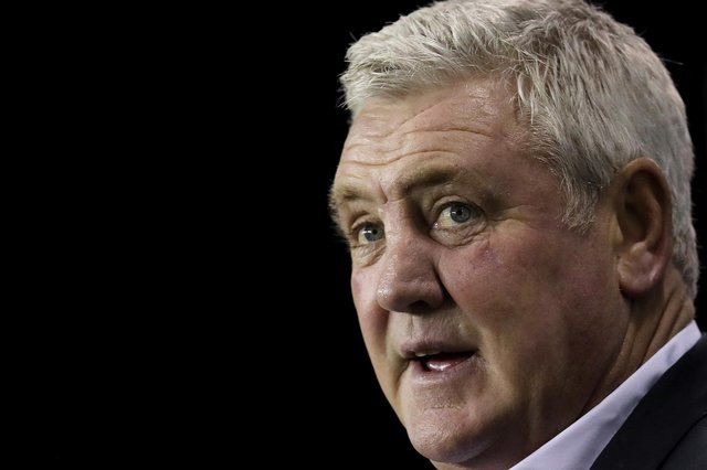 Steve Bruce moved from Sheffield Wednesday to Newcastle United in 2019.