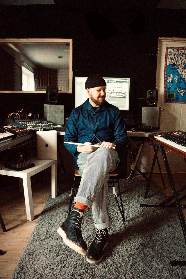Yarni in the studio