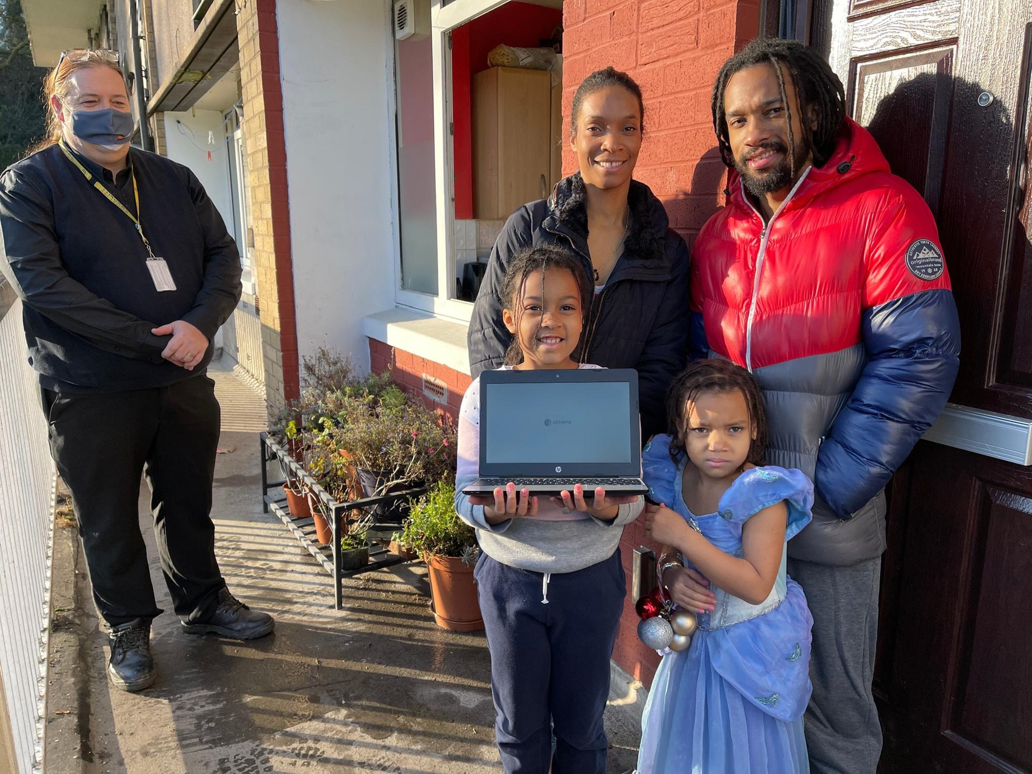 Thousands of children across Sheffield to receive computers thanks to £1.5 million boost for laptop campaign