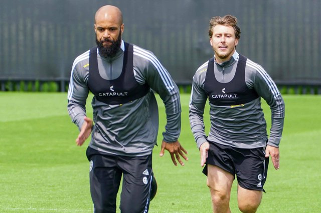 David McGoldrick and Luke Freeman back in pre-season training: Simon Bellis/Sheffield United