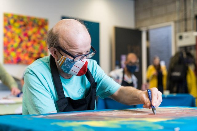 An artist taking part in an ArtworksTogether project