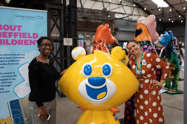 Pictured L-R Project Manager Cheryl Davidson, Charity mascot sculpture Theo Bear and Chloë Brunton-Dunn.
