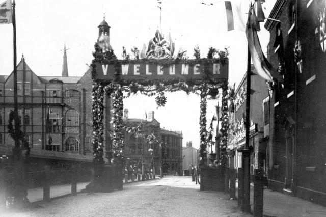 Norfolk Street decorated for Queen Victoria's visit, 1897. Ref no: S01563