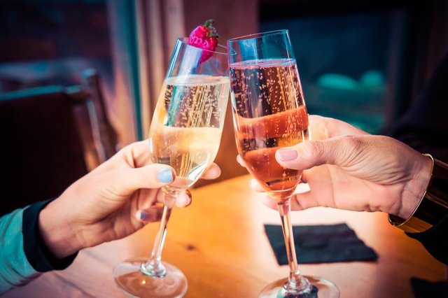 New Year's Eve can be celebrated at home. Image: Pixabay.