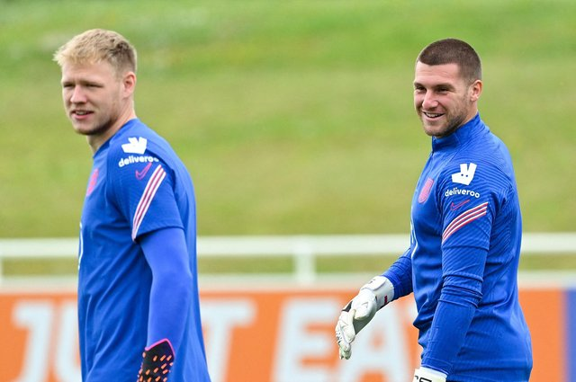 Aaron Ramsdale and Sam Johnstone in England training: (JUSTIN TALLIS/AFP via Getty Images)