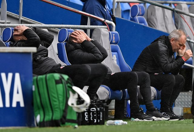 Paul Warne, Manager of Rotherham United reacts after Cardiff City score an equaliser in the Sky Bet Championship.
