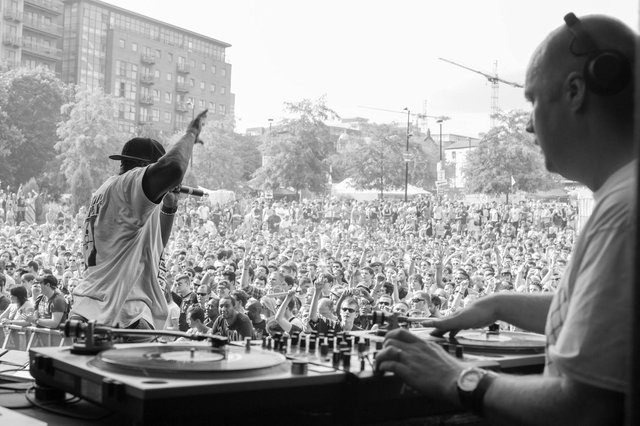 Andy H with Public Enemy