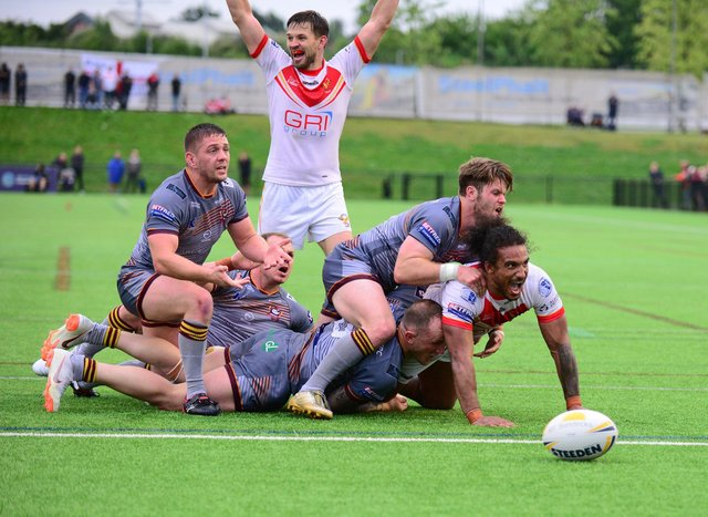 Joel Farrell gave Eagles a great start with an early try.