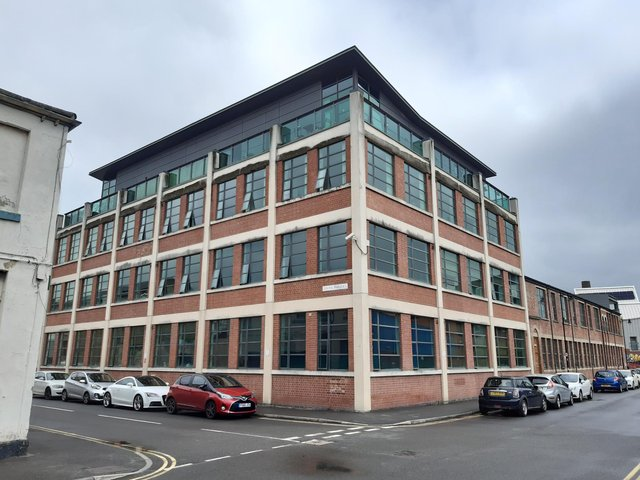 The building opposite the tools company on South Parade was Parkin silversmiths, it is now flats.