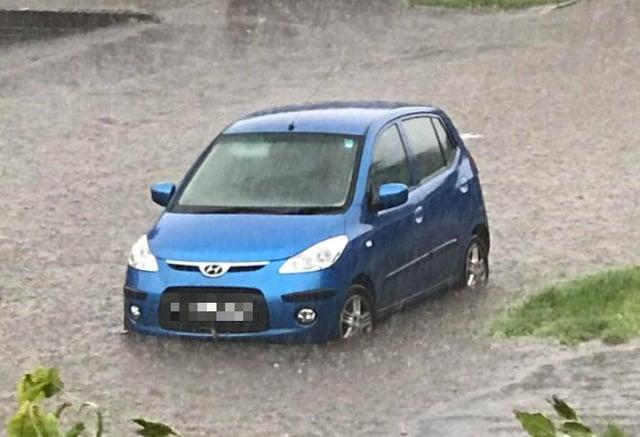 Flash flooding on Medlock Crescent in Handsworth, Sheffield (pic: Joe Peacock)