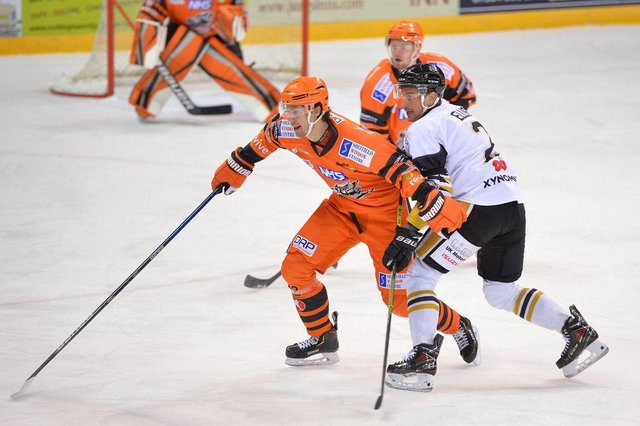 Sondre Olden in action for Sheffield Steelers. Picture: Dean Woolley