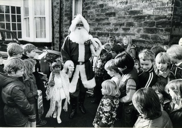 This is what Christmas was like in Sheffield during the 1980s