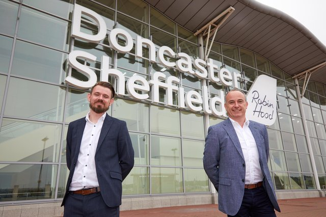 Owain Jones of Wizz Air and Chris Harcombe of Doncaster Sheffield Airport.