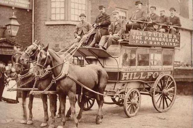 A horse-drawn bus in Sheffield. Image: Picture Sheffield.
