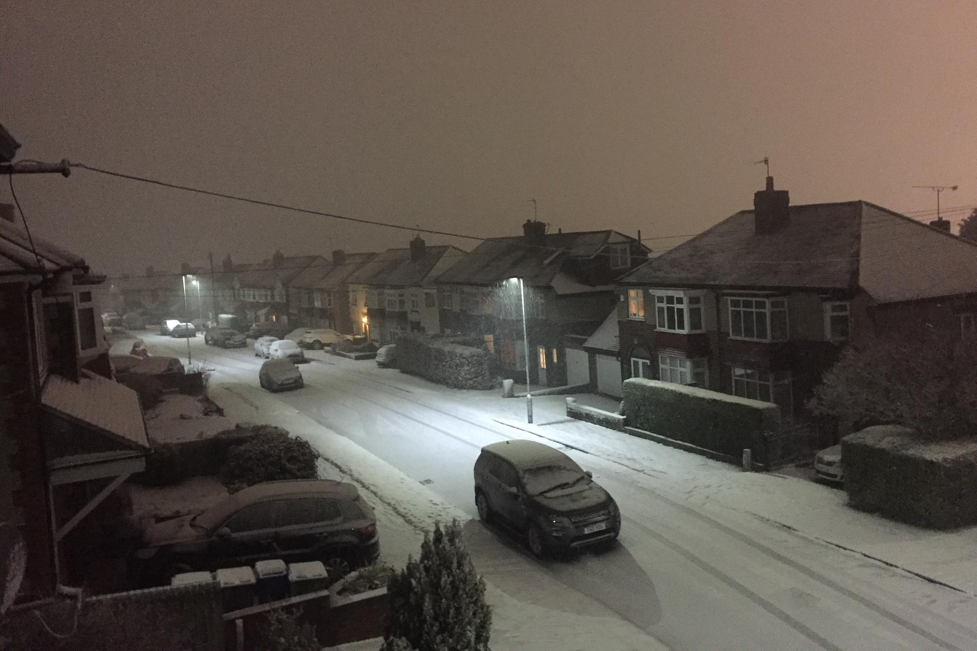 Sheffield news LIVE: Snow set to fall today with Covid ...