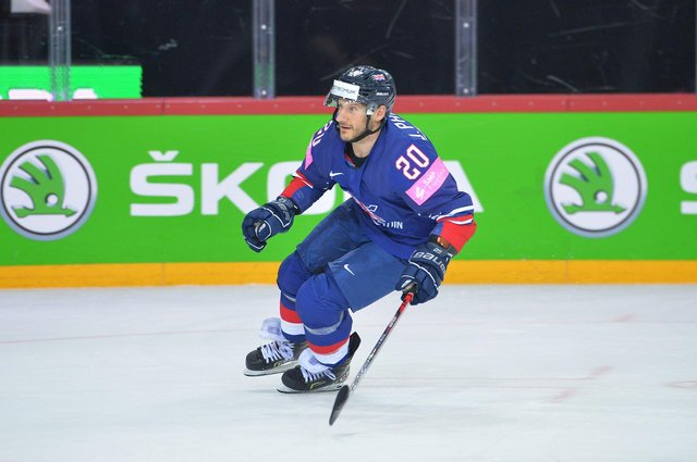 GB's Jonathan Phillips pic by Dean Woolley