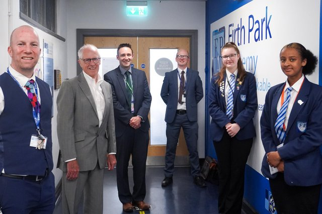 Sir John Holman, the architect of The Gatsby Benchmarks – the measures that schools use to create and evaluate their careers education offer – made his first school visit since the onset of the pandemic to Firth Park Academy in Sheffield today.
