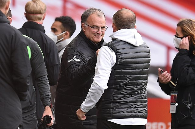 Leeds United's Argentinian head coach Marcelo Bielsa praised Sheffield United's former manager Chris Wilder.