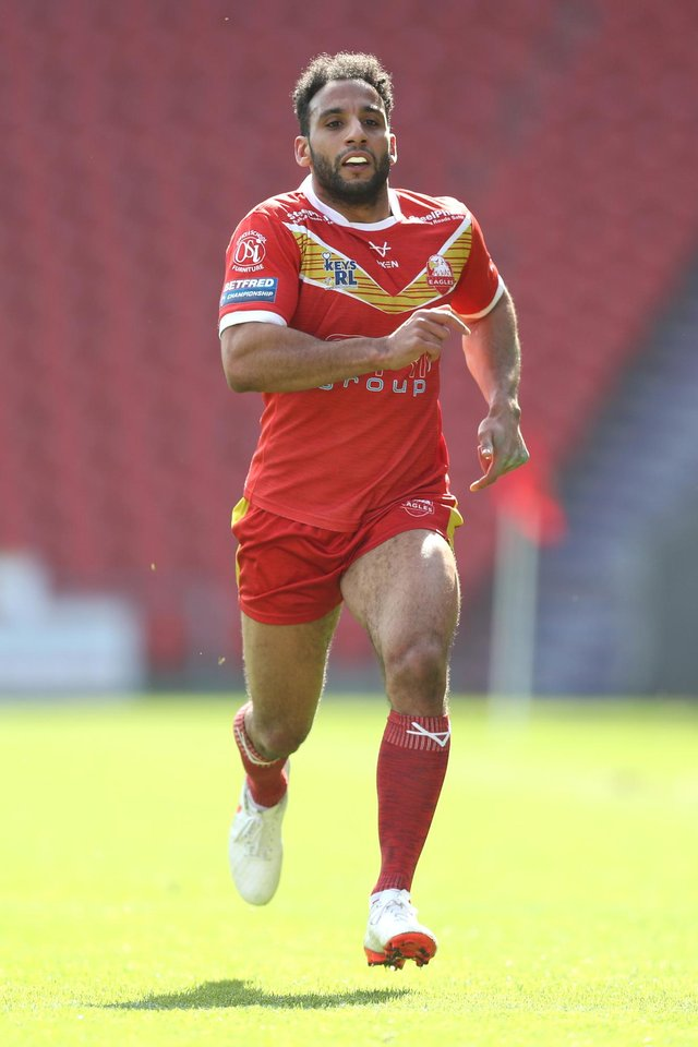 Ryan Millar grabbed a try on his one-hundredth appearance for Sheffield Eagles.
