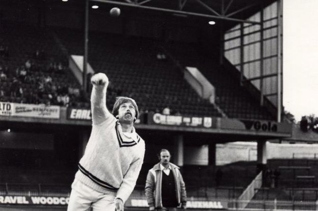 Floodlit cricket at Bramall Lane - picture shows Steve Oldham during a session of practice bowling in October 1980