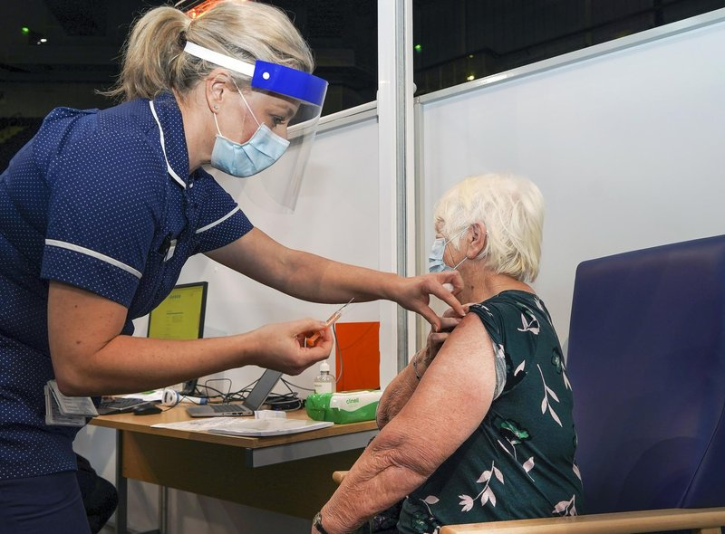 A walk-in Covid vaccine clinic will be held at Bramall Lane in Sheffield this weekend, as well as at a number of other sites across the city.