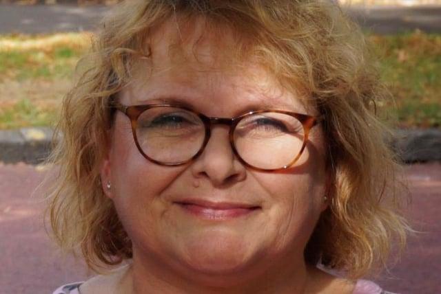 Carolyn Joy Linkens
