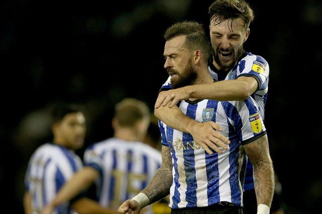 Steven Fletcher and Morgan Fox are yet to agree new deals to stay at Sheffield Wednesday.