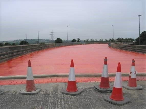 Waterproofing and resurfacing will be carried out on the Rother Lane Bridge and Long Lane Bridge south of junction 33, M1 in Rotherham, similar to when Highways England carried out recent work at Lofthouse Interchange (M62/M1) in Yorkshire