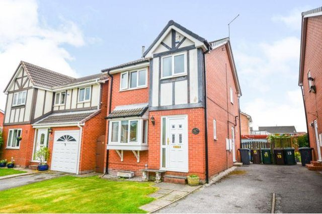 This three bedroom detached house is currently for sale at £190,000 on Coquet Avenue, Wickersley. For details visit https://www.purplebricks.co.uk/property-for-sale/3-bedroom-detached-house-rotherham-1188995